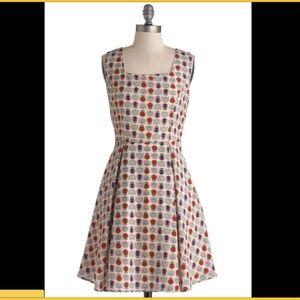 Sz S ModCloth Yellow Star Owl Dress